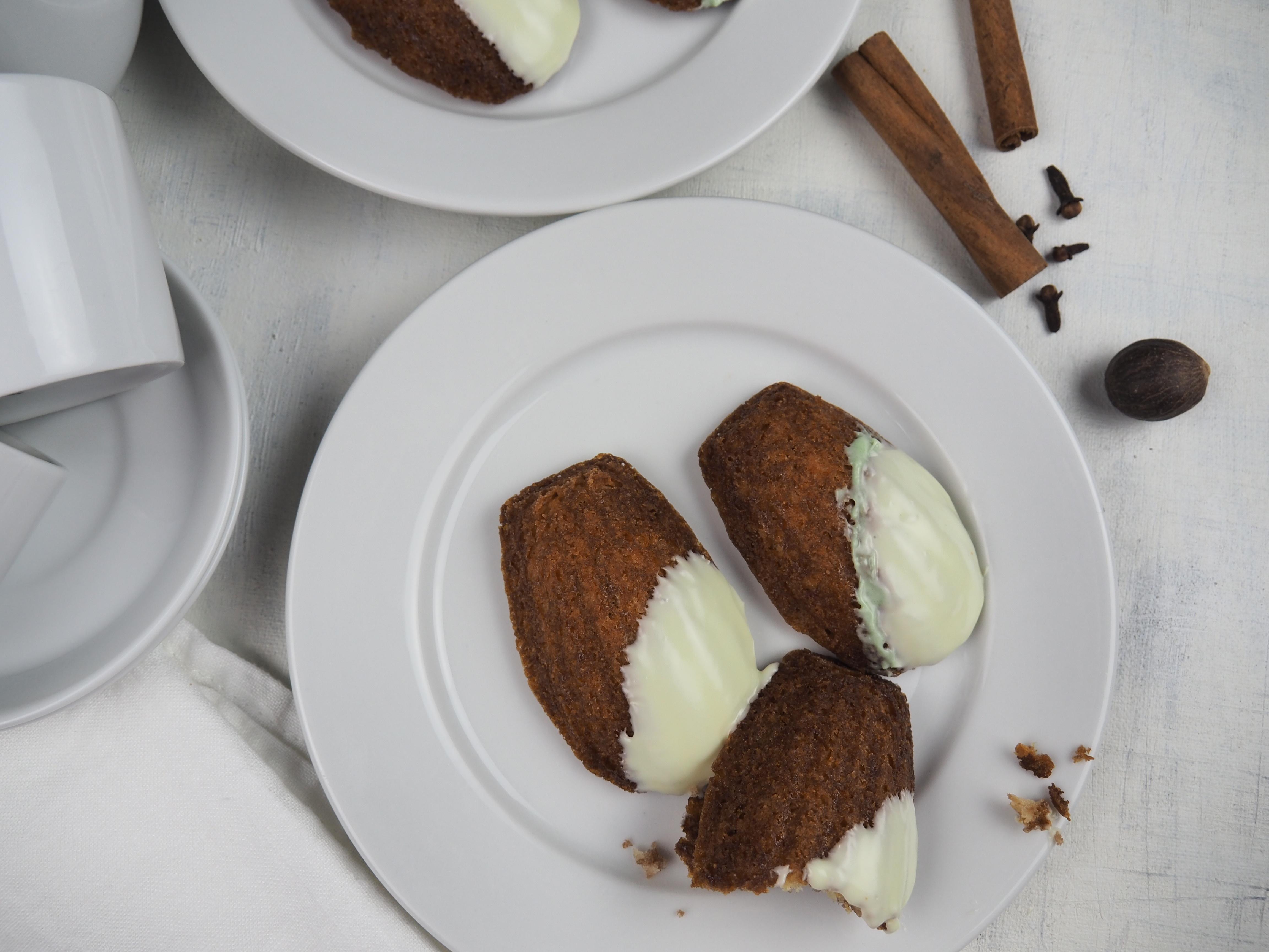 chocolate chai madeleines