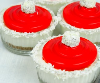 candy cane cheesecake mousse
